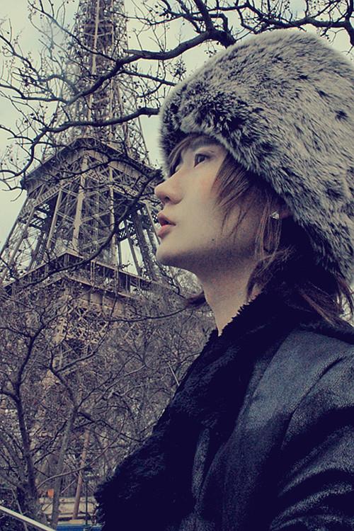 PARIS (187)