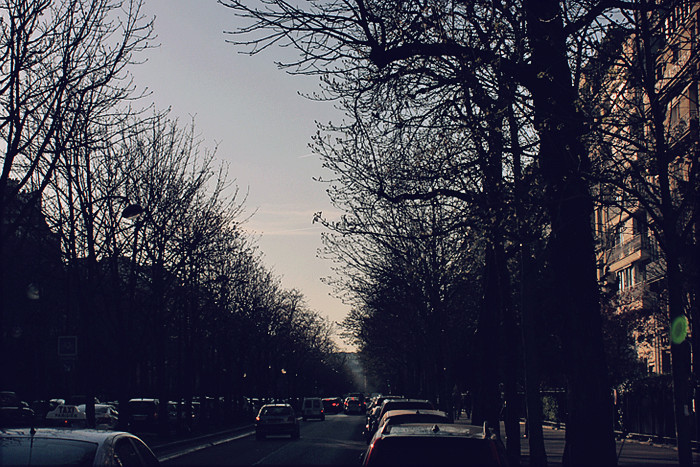 PARIS (200)