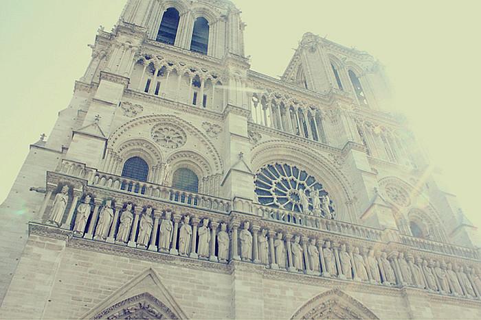 PARIS (228.1)