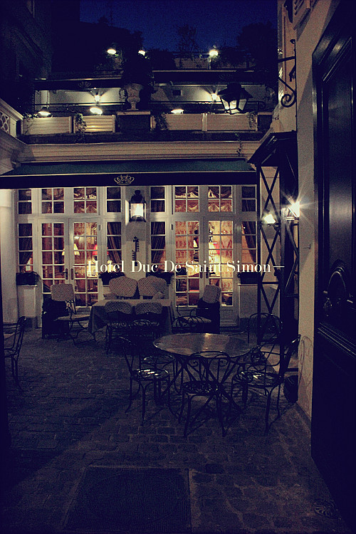 PARIS (86)